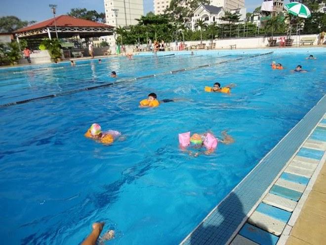 Học Bơi Quận Tân Phú