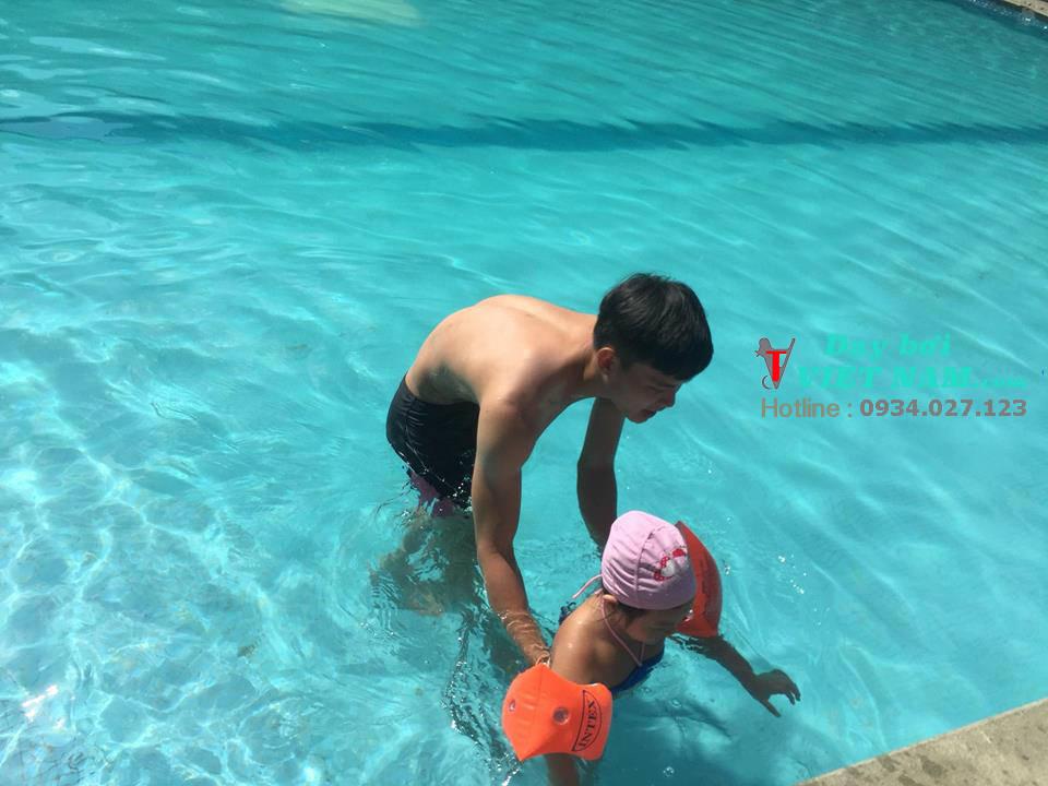 Cho Bé Học Bơi Ở Đâu Tphcm