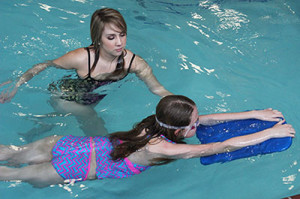 Dạy bơi lội cơ bản