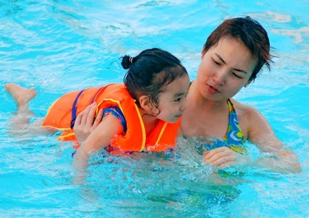 Học Bơi Quận 9