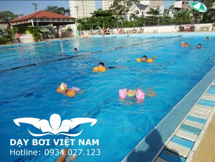 Hồ bơi 258 Trần Hưng Đạo