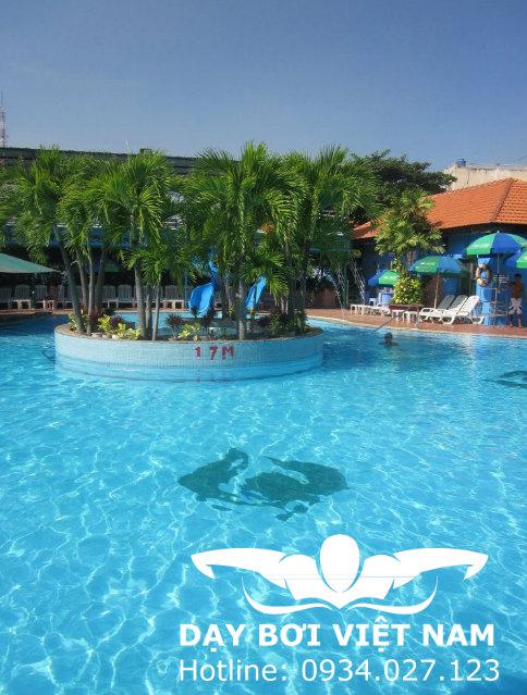 Hồ bơi CLB Lan Anh