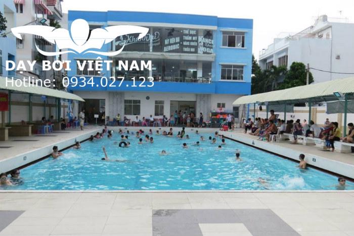 Hồ bơi Chi Lăng