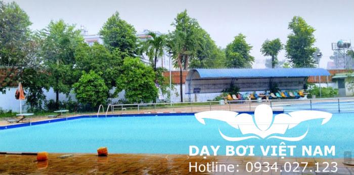Hồ bơi TTTD Quận Thủ Đức