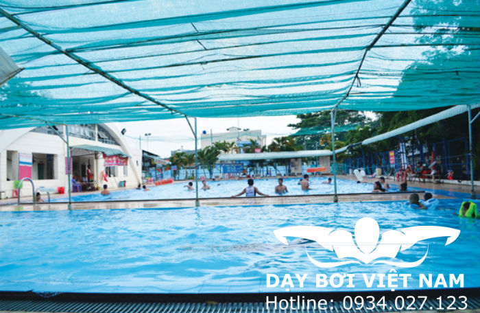 Hồ bơi Võ Trường Toàn