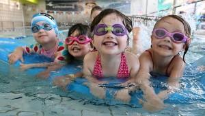 cách dạy bơi cho trẻ em, cho bé học bơi ở đâu,dạy bơi cho bé, dạy bơi cho bé 3 tuổi