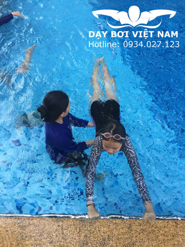 Dạy bơi cấp tốc TPHCM