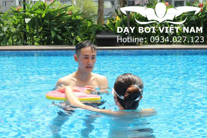 Dạy bơi ở Văn Thánh Quận Bình Thạnh