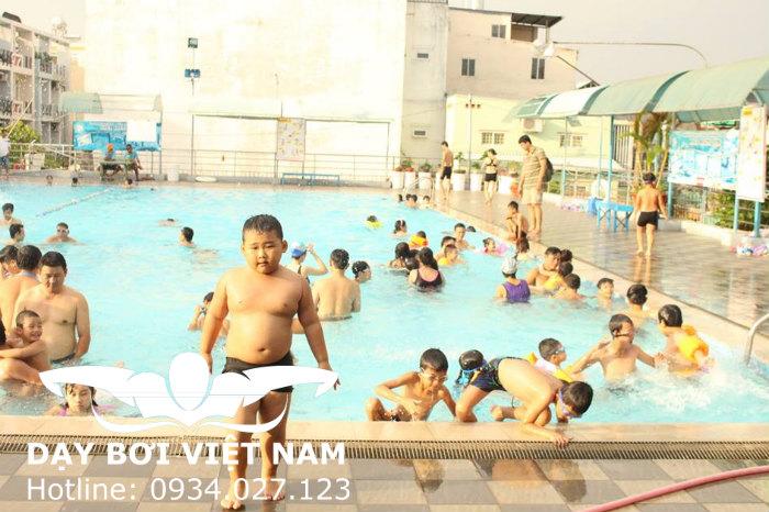 Hồ bơi Nhà Văn hóa Thiếu nhi Quận Gò Vấp