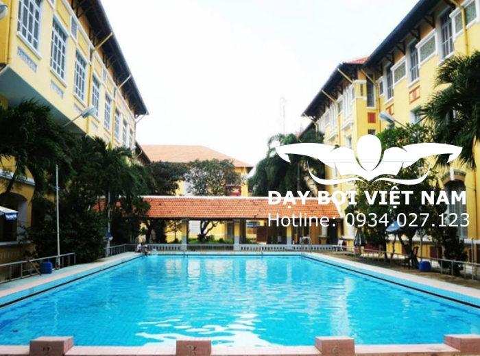 Hồ bơi Trường THPT Nguyễn Thị Minh Khai