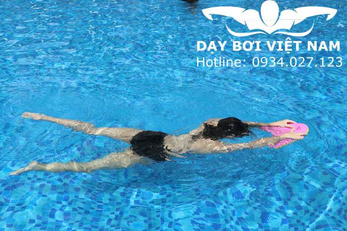 Học bơi căn bản TPHCM