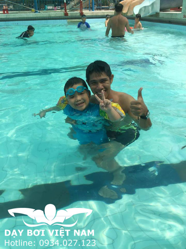 Học bơi ở Hồ bơi Fosco TPHCM