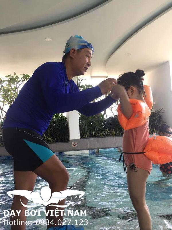 Học bơi ở Hồ bơi Rạch Miễu TP HCM