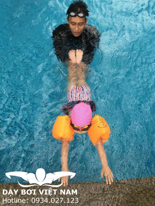 Học bơi ở Hóc Môn TPHCM