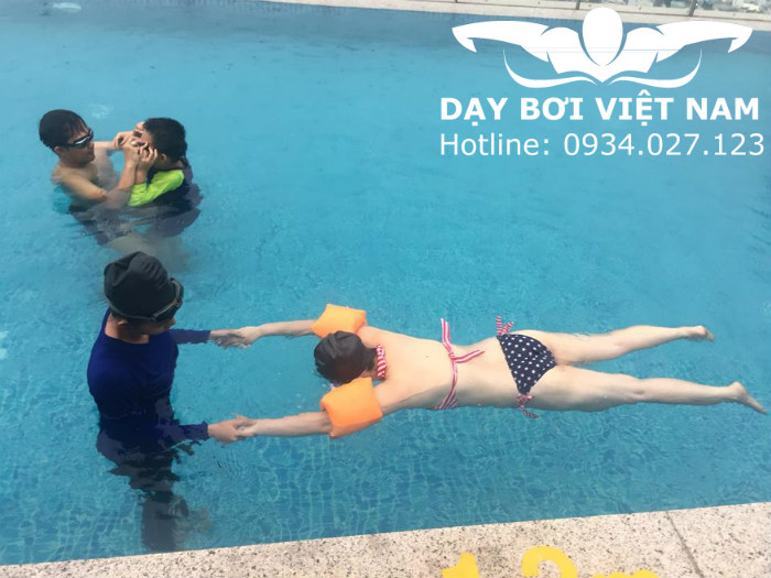 Học bơi ở Tân Bình TPHCM