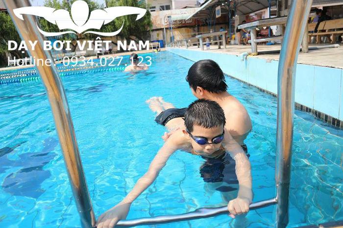 Học bơi Quận 3 TPHCM