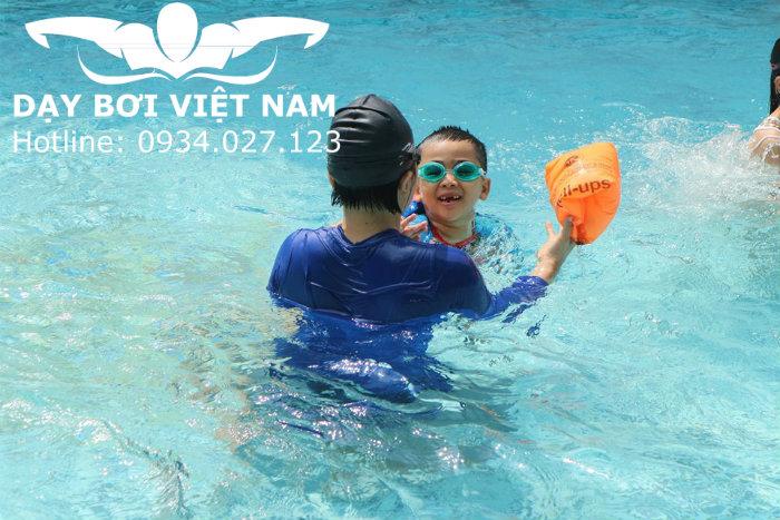Học bơi Quận 5 TPHCM