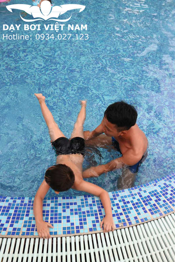 Học bơi Quận 7 TPHCM