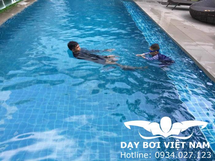 Quận Tân Phú học bơi ở đâu